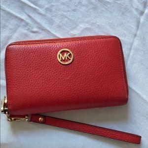 Micheal Kors Wrist Wallet